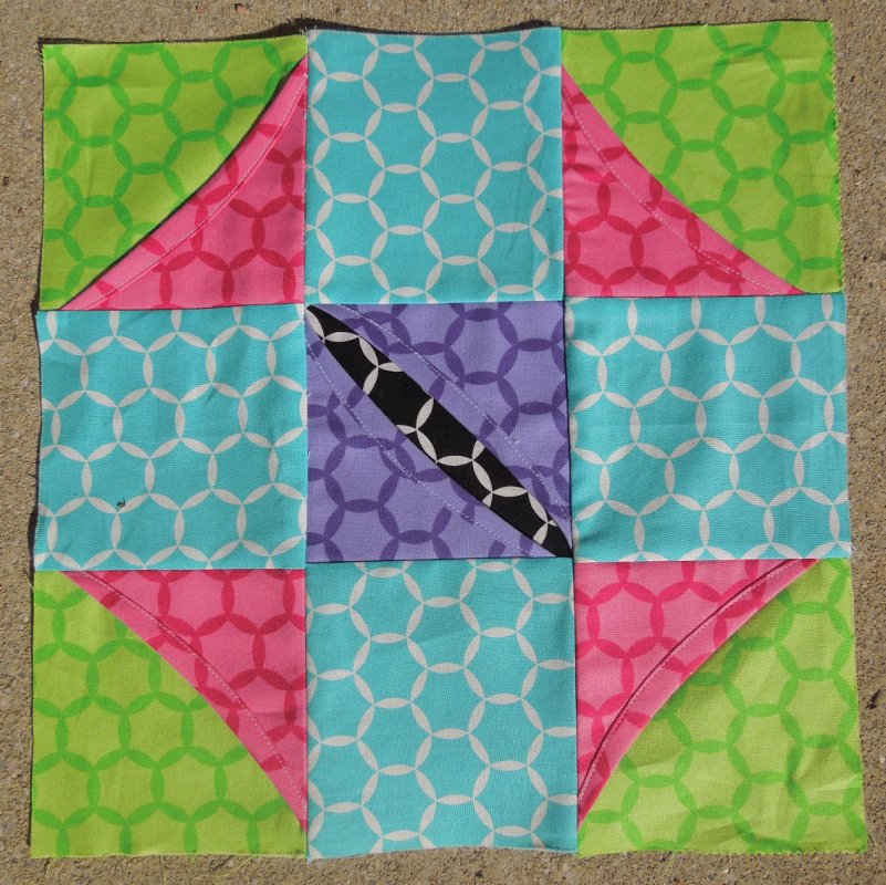 Free Pattern - Cathedral Window Quilt Along, Block Six : pattern for cathedral window quilt - Adamdwight.com
