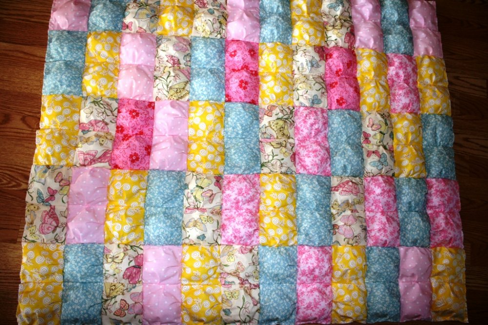 Free Pattern For Baby Puff Quilt : Free Tutorial - Biscuit Quilt by Linda Winters
