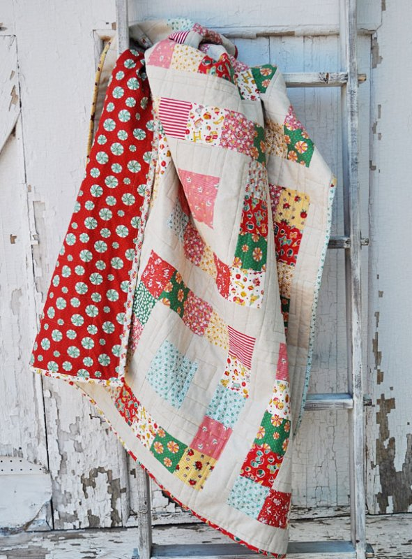 Free Pattern Simple Sixteen Christmas Quilt By Lindsey