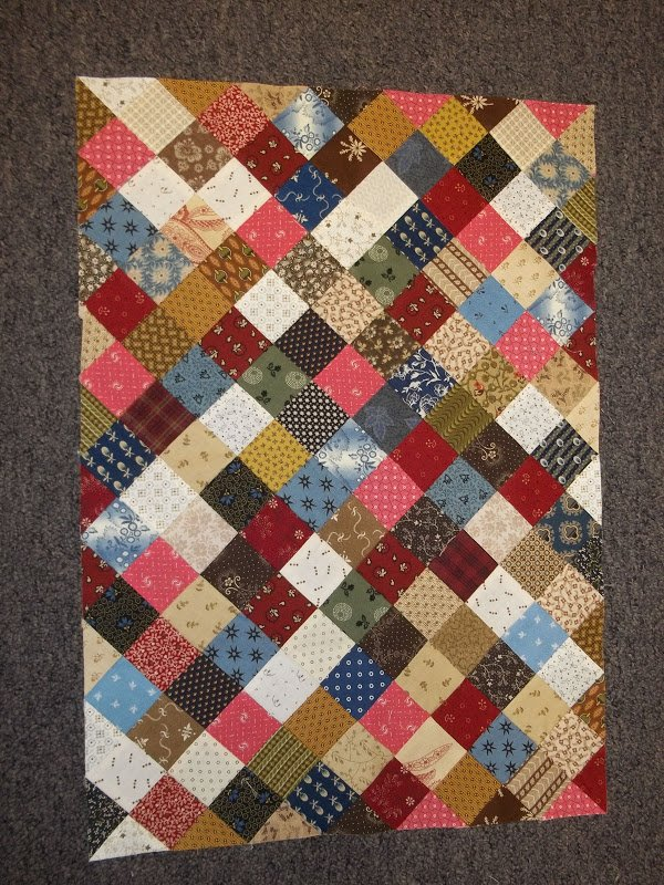 Simple Quilt Patterns Using Squares : Free Pattern - Easy Quilt on Point by Laural Lane