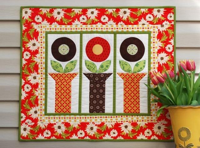 Free Pattern Flower Pot Block Table Topper By Cindy