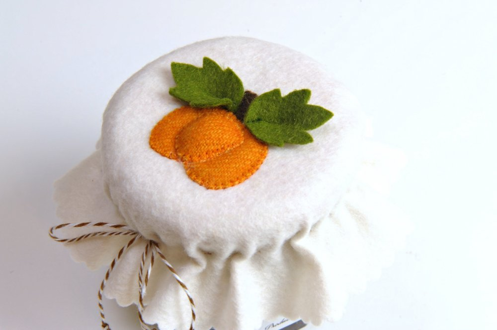 Free Pattern Jelly Jar Lid Covers By Suzanne Annette