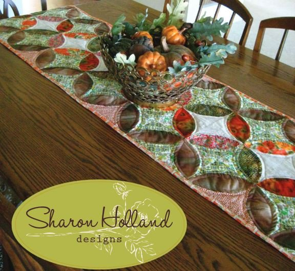 Free Pattern Orange Peel Table Runner By Sharon Holland