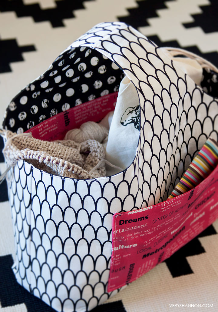 Free Pattern - Reversible Box Tote by Shannon Cook