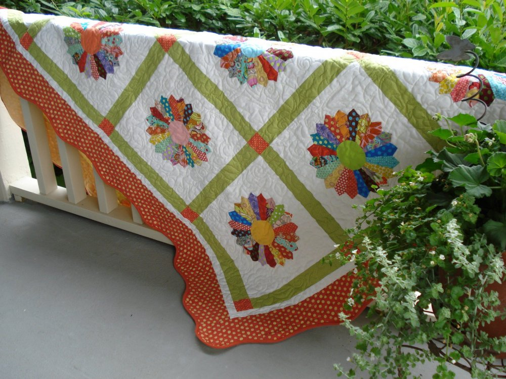 Free Pattern Scrappy Plate Quilt By Wendy
